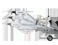 Der Baumaschinentransporter kann für unterschiedliche Kupplungshöhen angepasst werden.