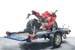 EILZURR motorcycle lashing system for BMW, Ducati, KTM and MV AGUSTA